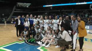Islander women win first conference regular season title in program history