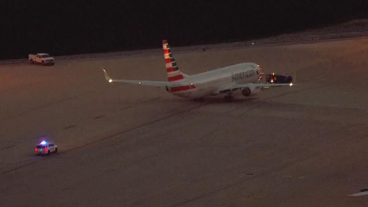 Passenger Falls Ill On Flight From LA To Nashville