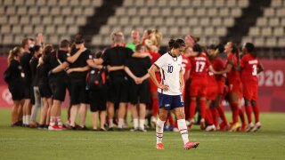 Women's soccer: Canada stuns USA with VAR-awarded penalty