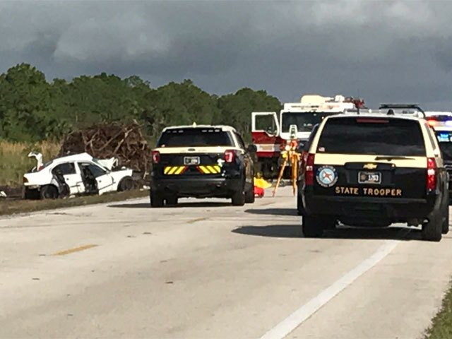 PHOTOS: 3 killed, 2 others hurt in Beeline Highway crash
