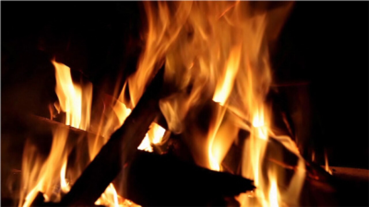 FOX 13 to air classic 'Yule Log' on Christmas morning