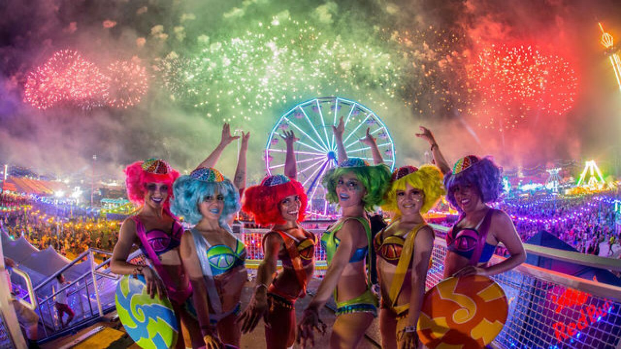 A few bumps for night two of EDC 2016