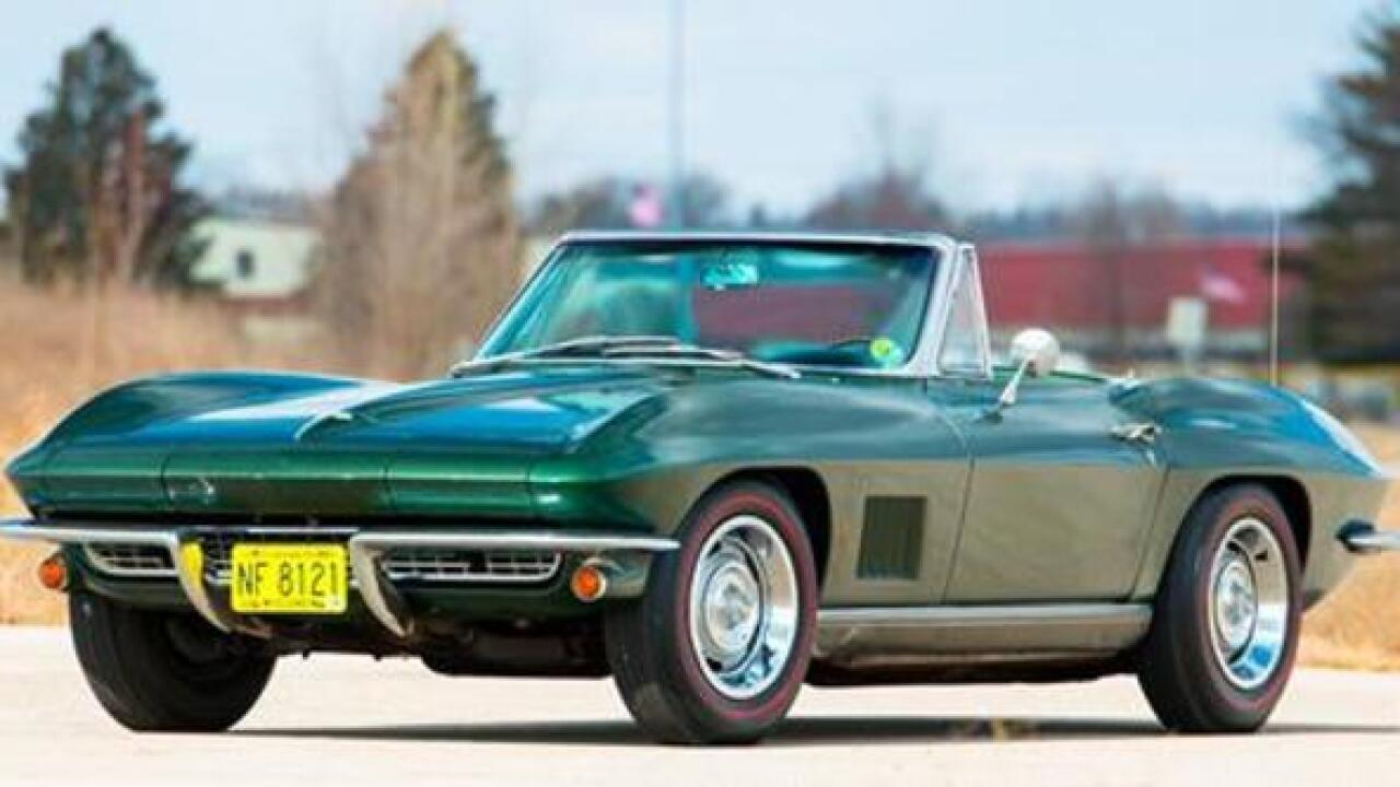 Bart Starr-owned convertible up for auction