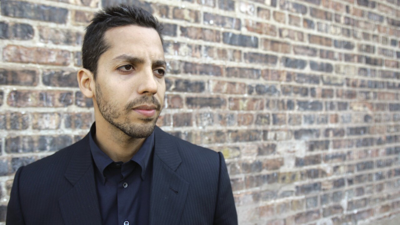 David Blaine performs latest 'Ascension' stunt in Arizona