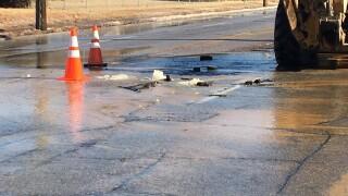 Crews respond to north Tulsa water line break