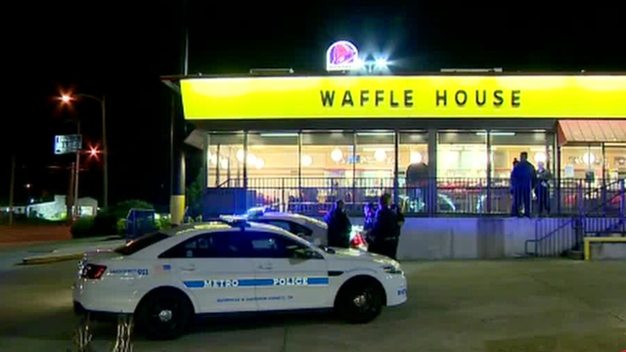 Man Sets Fire To Toilet Paper At Waffle House