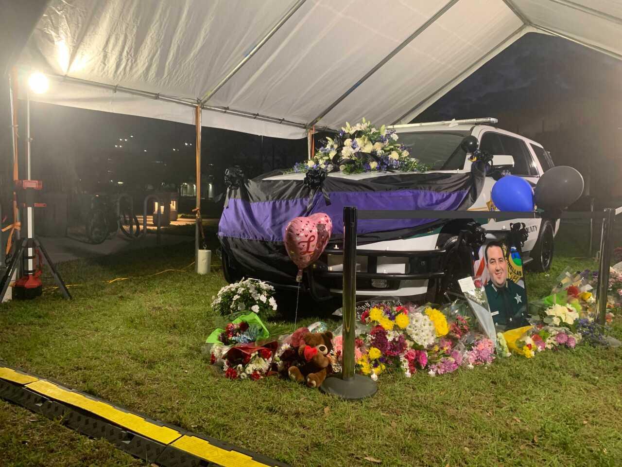 deputy michael magli-pinellas-memorial3.jpg