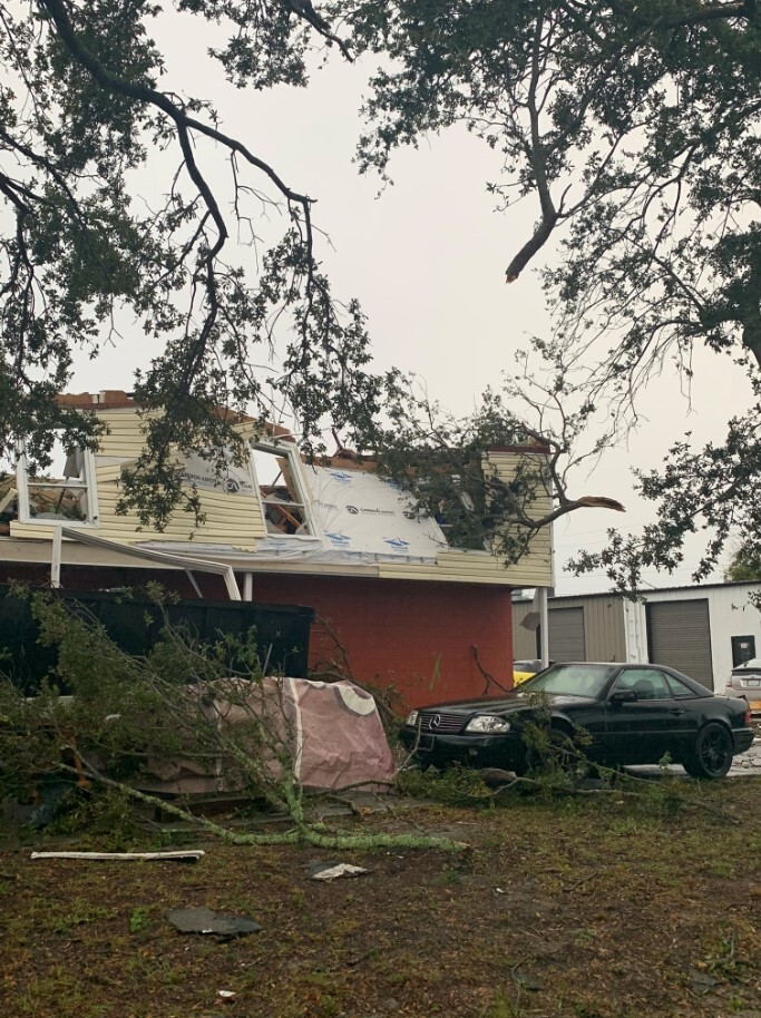 tornado damage2.jfif