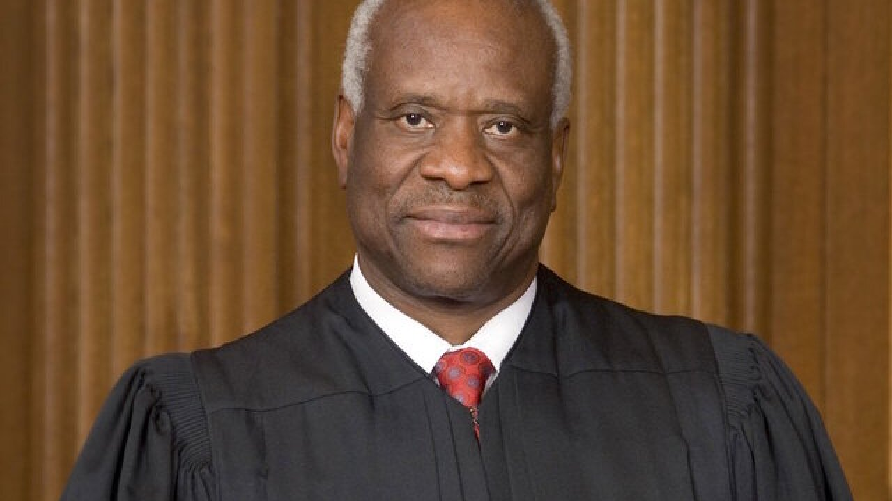 Justice Clarence Thomas to swear-in Mike Pence