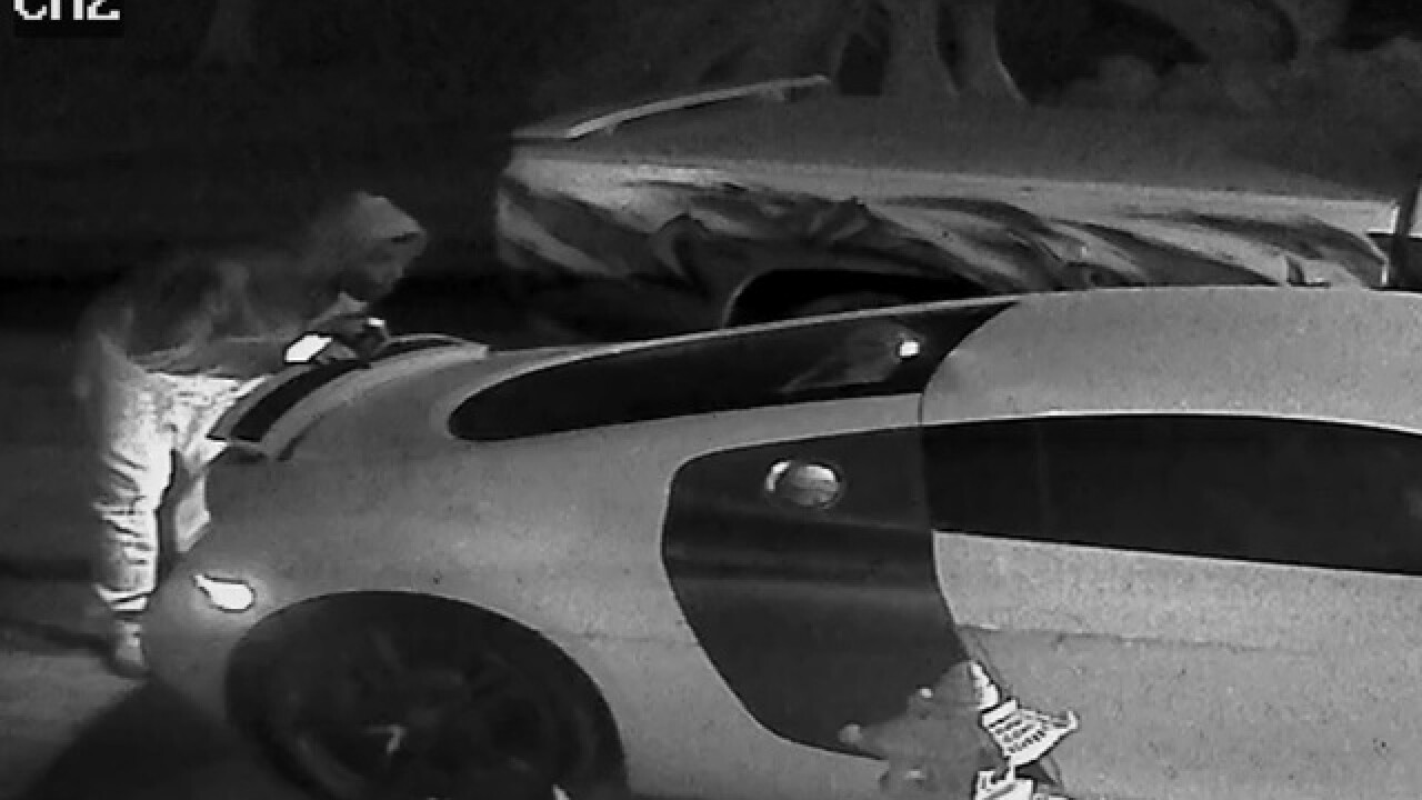 Car robbery foiled because thieves can't drive a car with