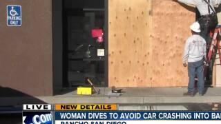 Car crashes into Rancho San Diego bank