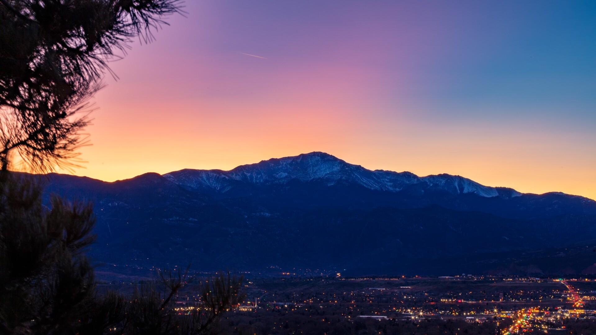 Pikes Peak Sunset Daniel Forster.jpg