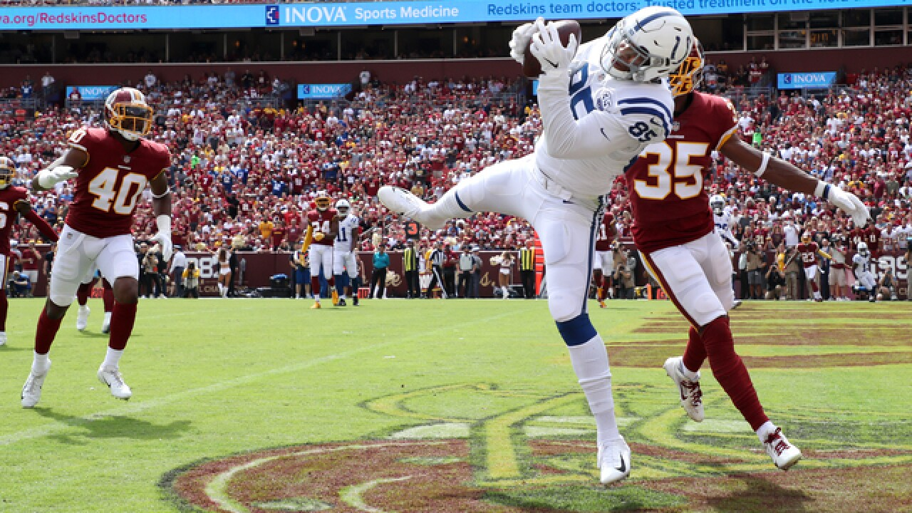 Luck methodical when it matters, Colts beat Redskins 21-9