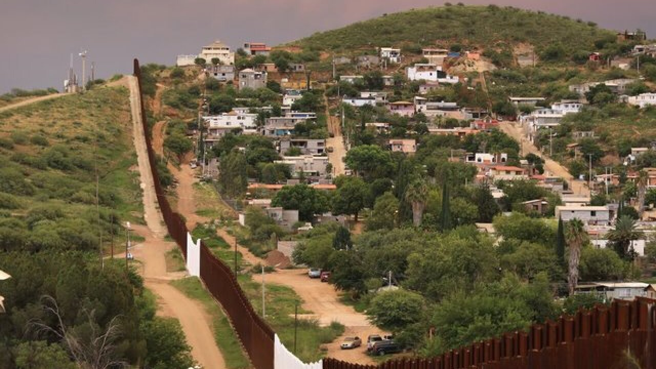 Texas contractor scores $145 million border wall contract