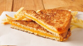 How To Make A Perfect Grilled Cheese In Your Air Fryer
