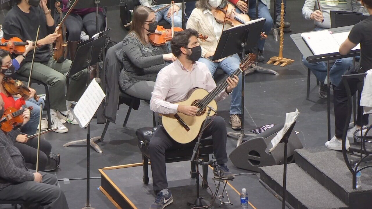 Rafael Aguirre 2.jpg