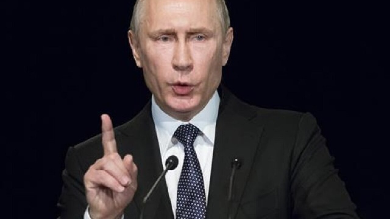 Putin to Kremlin journalists: US is watching you