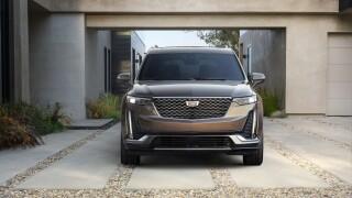 Cadillac_Bright Galvano exterior accents on the exterior distinguish the