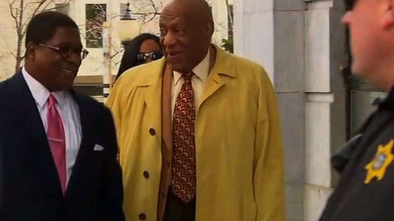 Cosby accompanied by wife for the first time at his trial