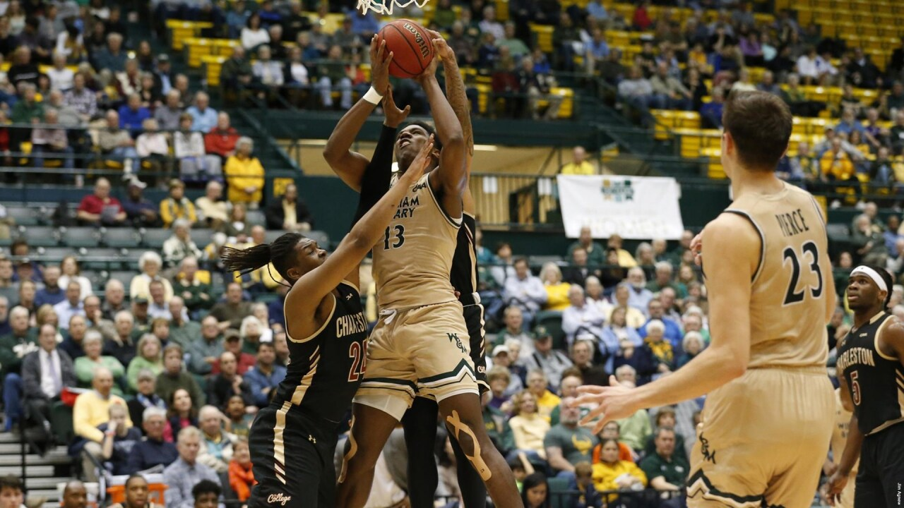 Third-straight 30-point 'Knight' leads William & Mary men's hoops to overtime win
