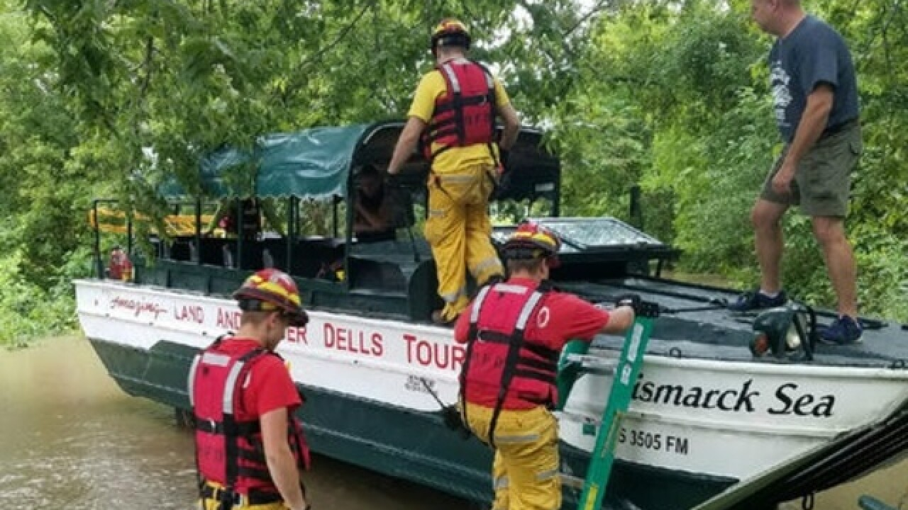 Original Wisconsin Ducks assist with flood evacuation in Sauk County