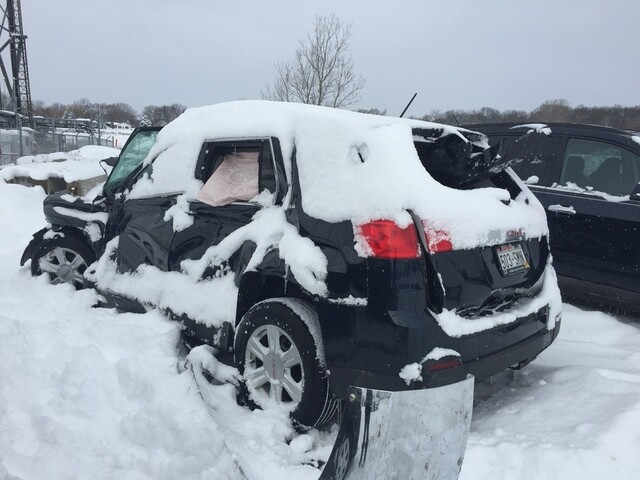 PHOTOS: Snowstorm causes 60 car pile-up on I-41