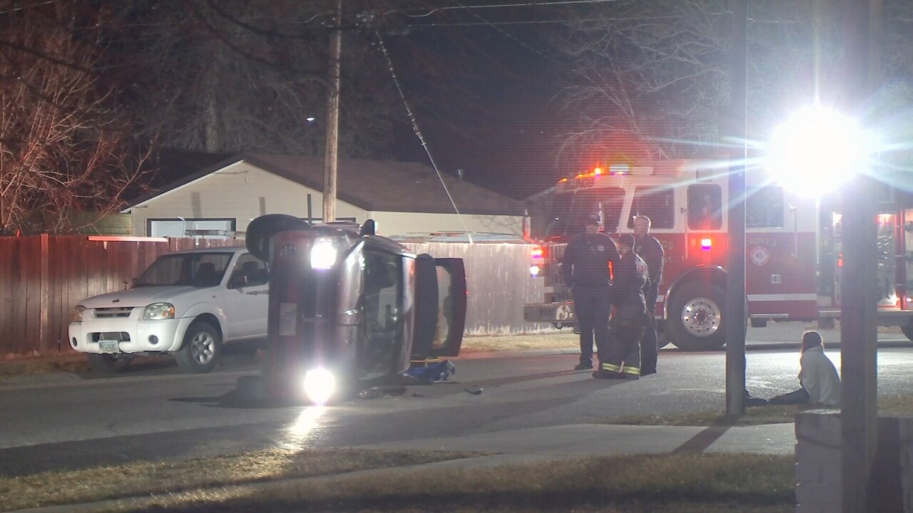 010719 N 22ND YELLOWSTONE AVE ROLLOVER.jpg