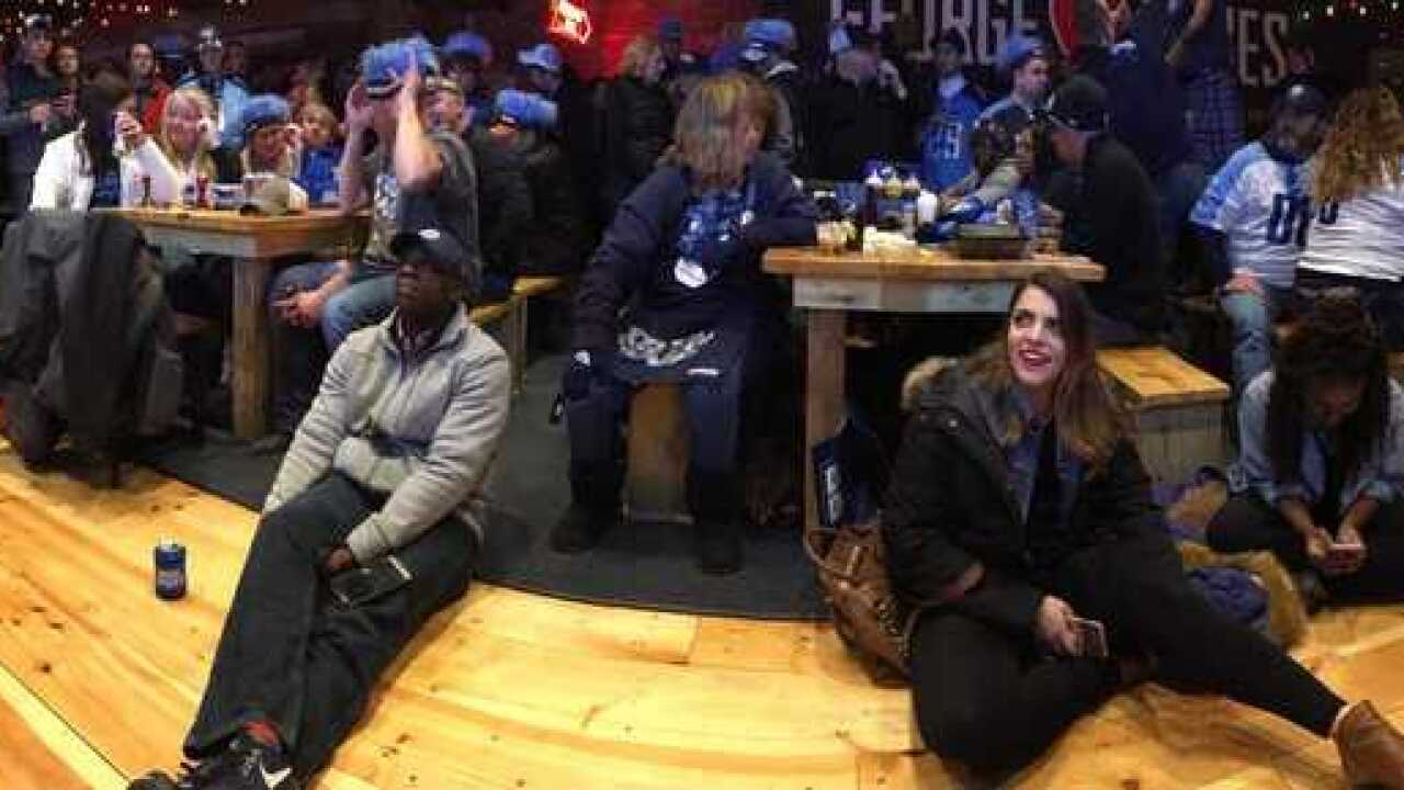 Titans Lose To Patriots In Playoff Game