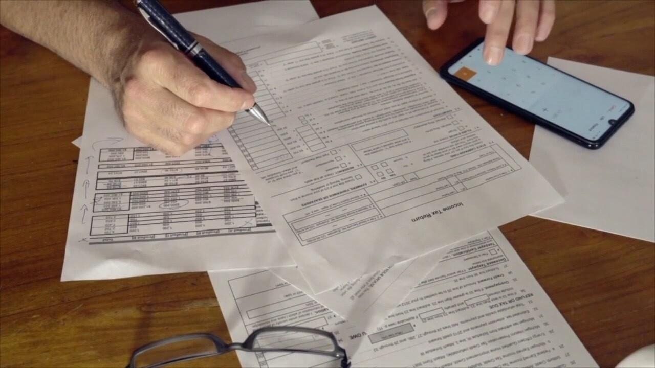 taxes-filing taxes-generic-paperwork.jpg