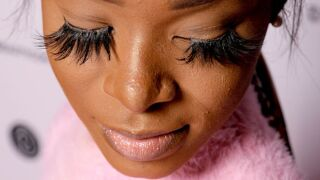 Lash lice: Eye doctors warn that eyelash extensions could be breeding ground for lice