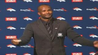 Champ Bailey, esquinero de los Broncos, se retiró oficialmente