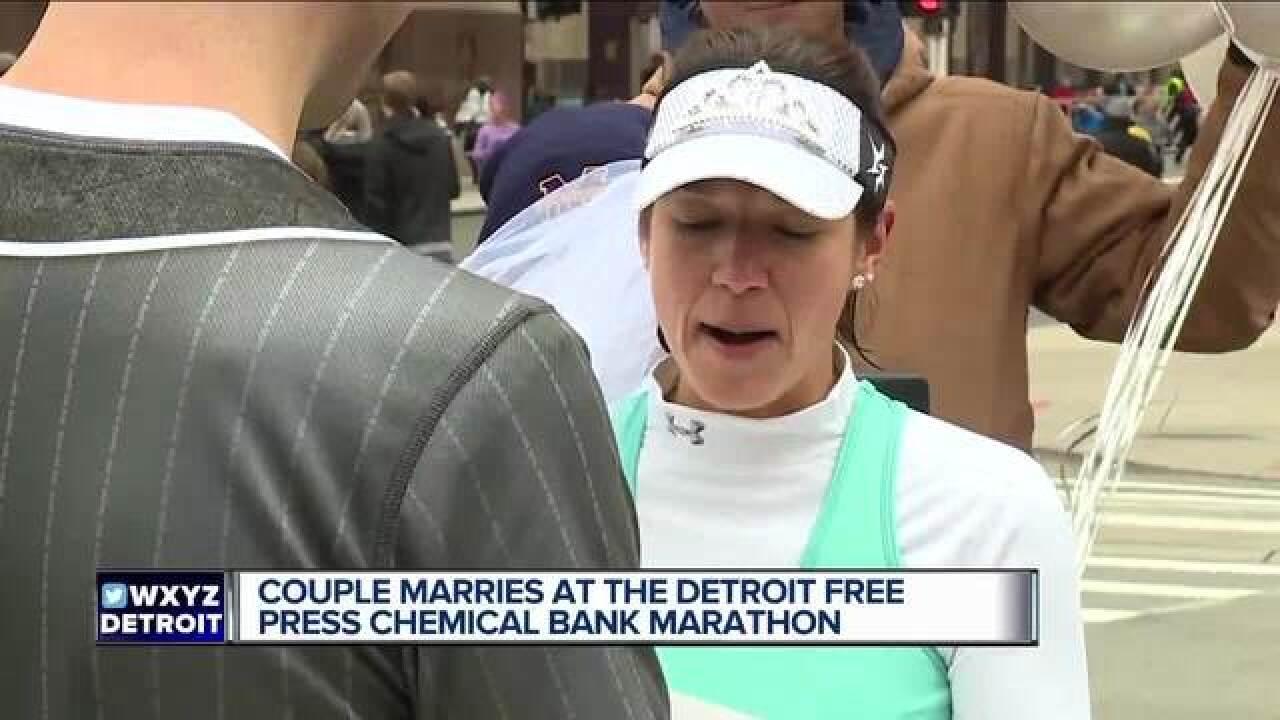 Sole mates: Couple weds halfway through marathon