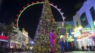 PHOTOS: Annual tree-lighting ceremony at the LINQ Promenade