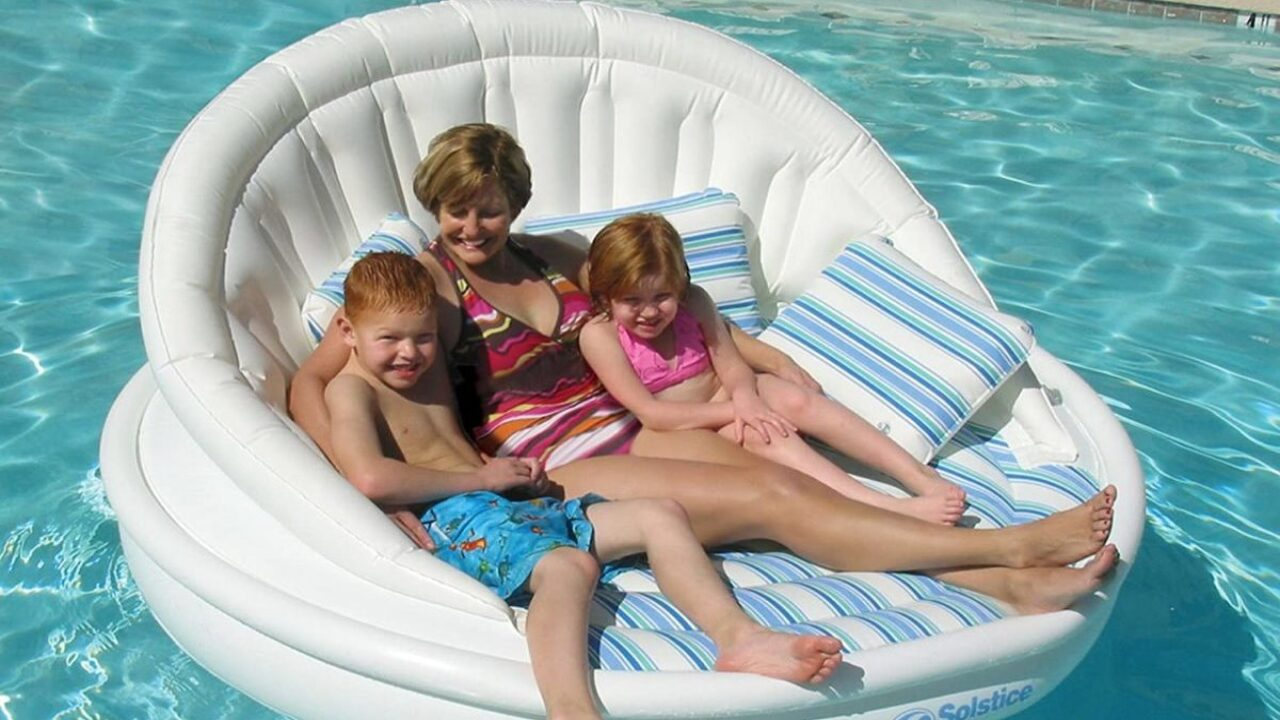 Inflatable Sofa Pool Float Is Perfect For Lounging