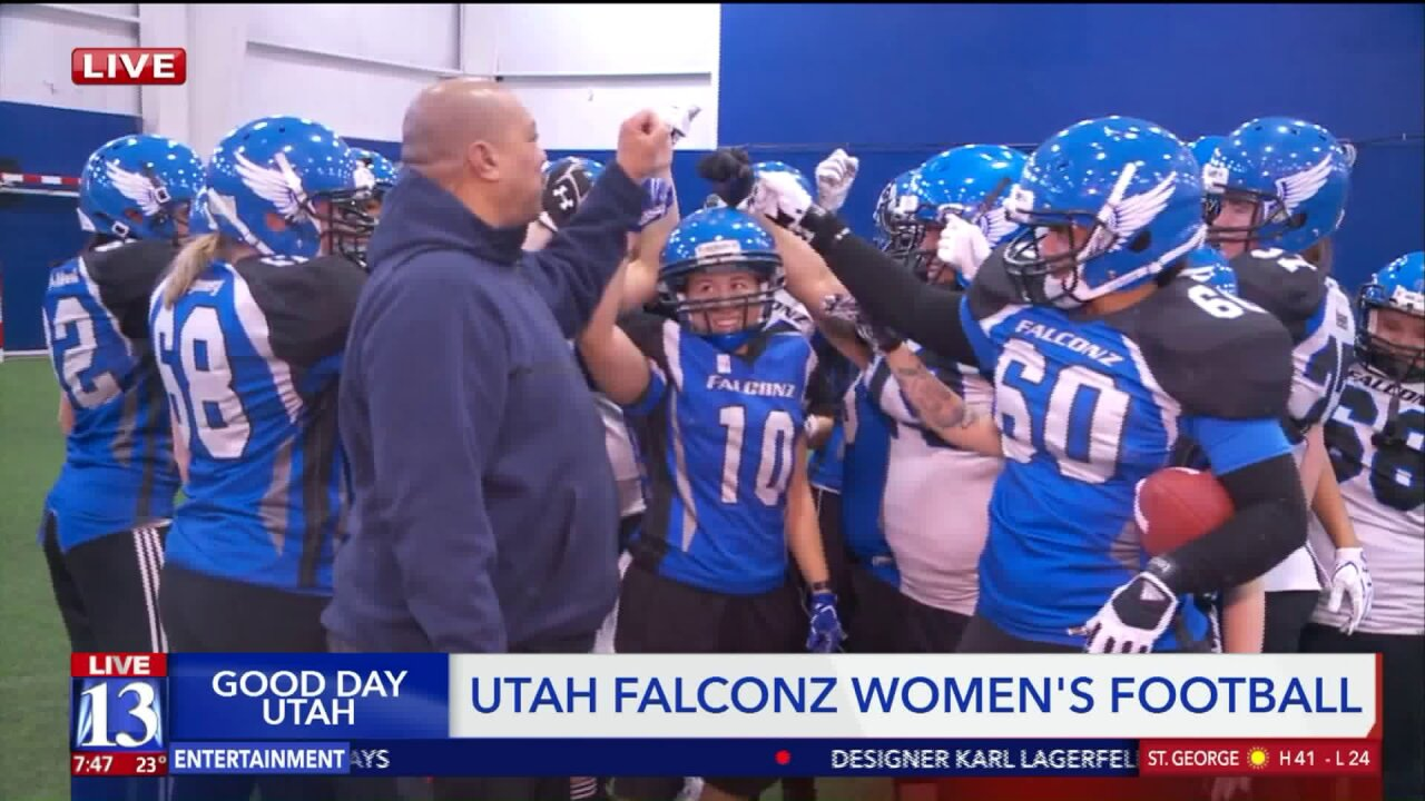 Budah trains with the women of the UtahFalconz