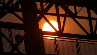 denver wildfire sunset heat wave 90 degree days