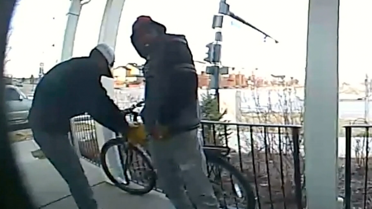 bike-thieves.png