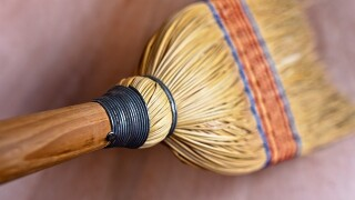 Store employee chases robber off with broom
