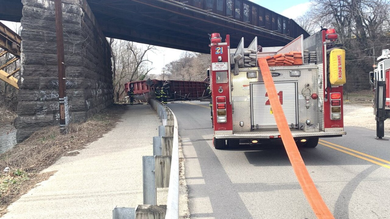 Woman escapes train derailment just in time