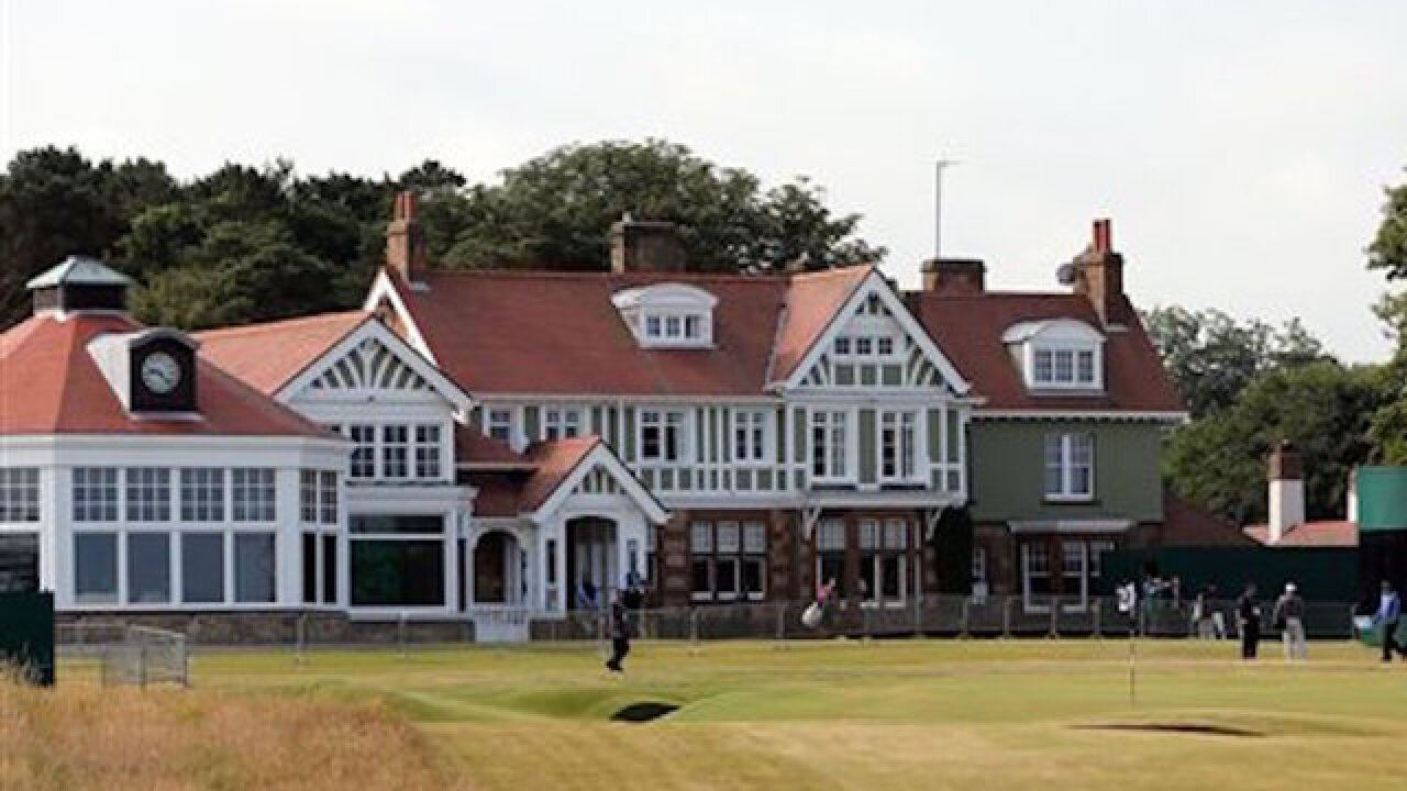 Muirfield banned from hosting British Open