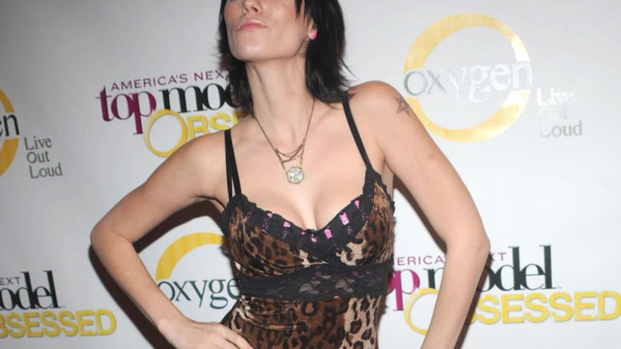 Ex-'America's Next Top Model' contestant dies