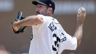 Tigers trade Justin Verlander to the Astros, shed $170 million in payroll