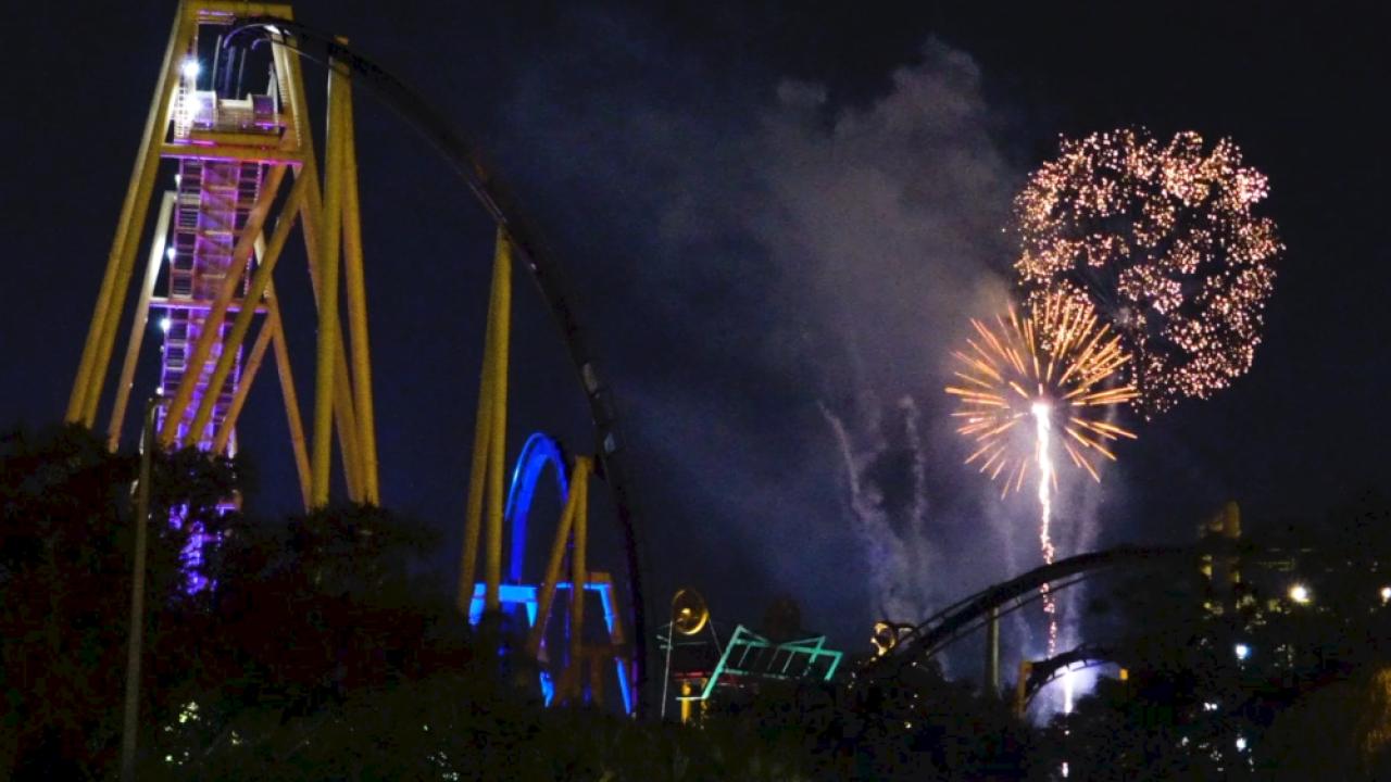 Busch-Gardens-fireworks.png