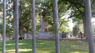 University of North Carolina gifts Confederate monument, up to $2.5M million to neo-Confederate group