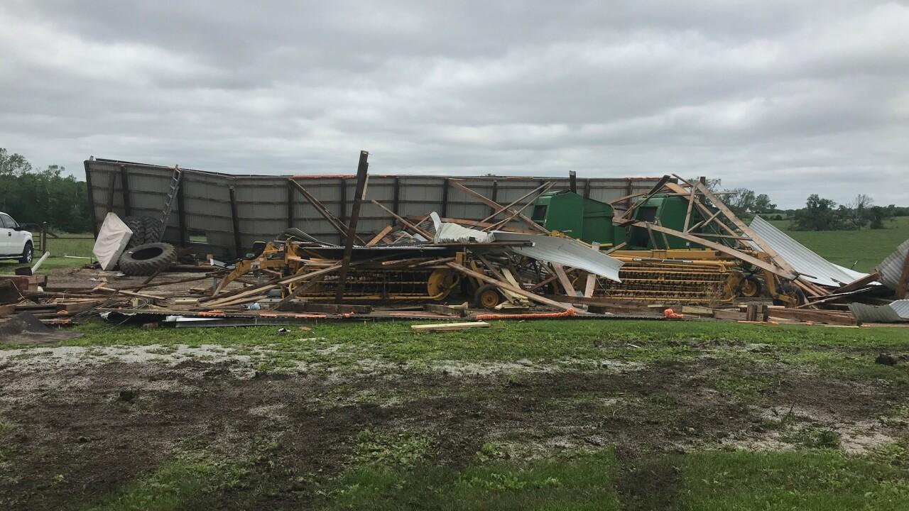 Clay county tornado 7.jpg