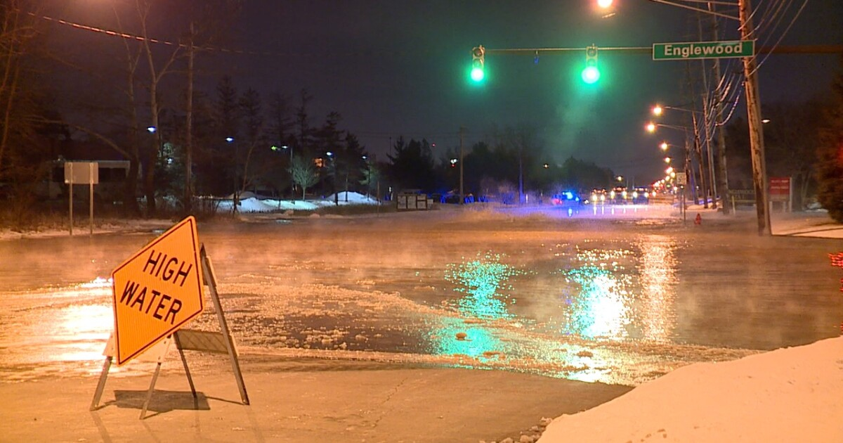 Water main break in Middleburg Heights closes schools ...