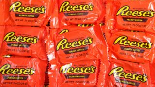 Buy Rose-shaped Reese's Peanut Butter Cups For Valentine's Day