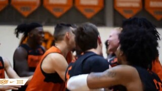 Oklahoma State basketball player Trey Reeves surprised with full scholarship