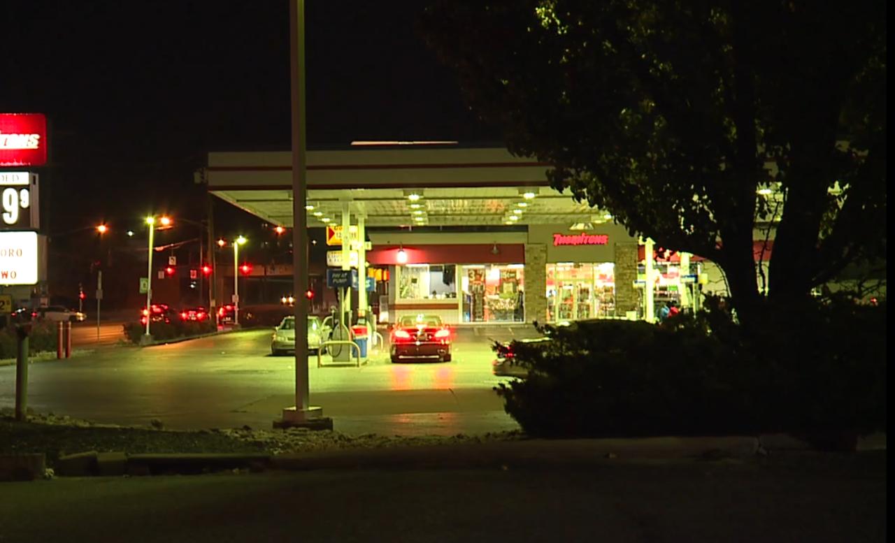 Gas station mask assault.PNG