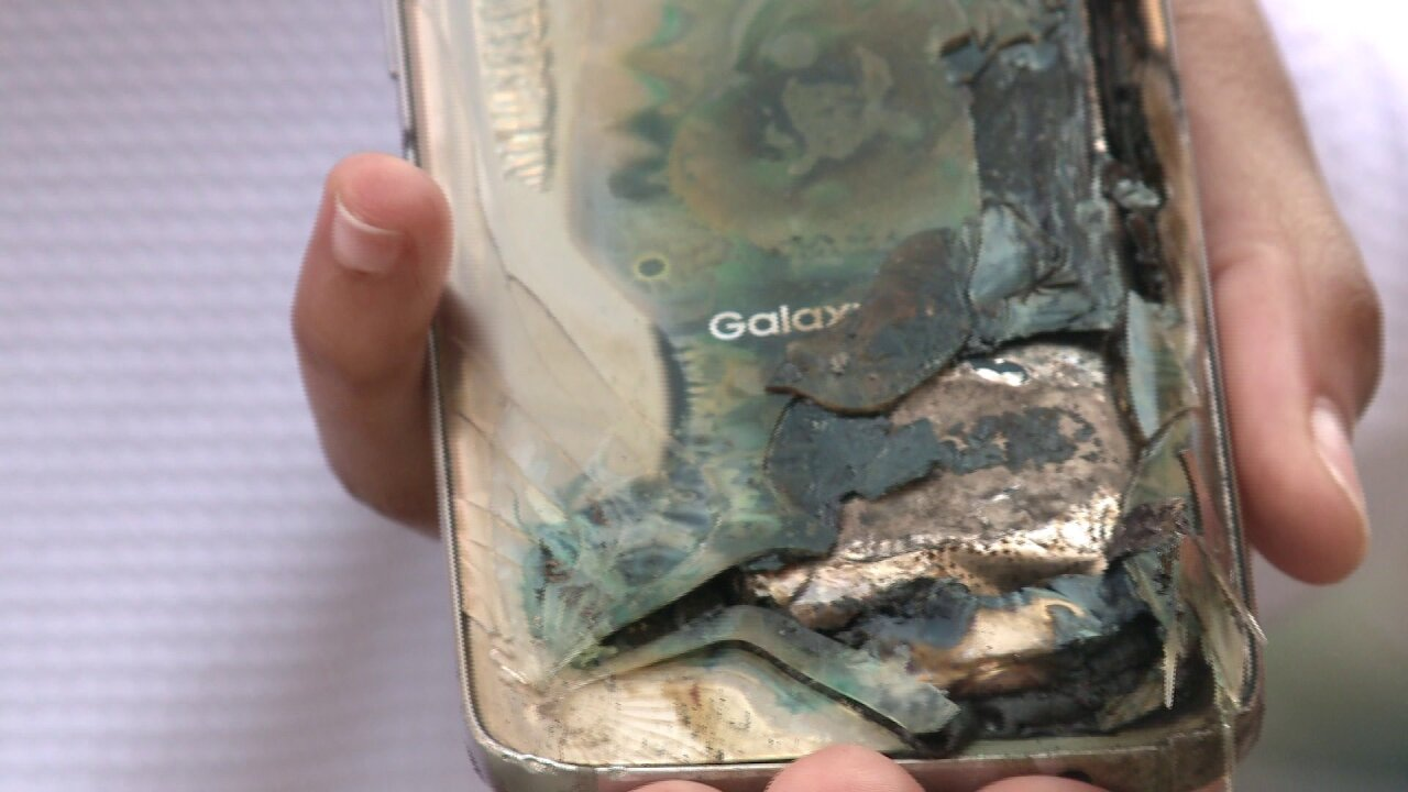 ODU student says Galaxy S7 caught fire in her cup holder while driving